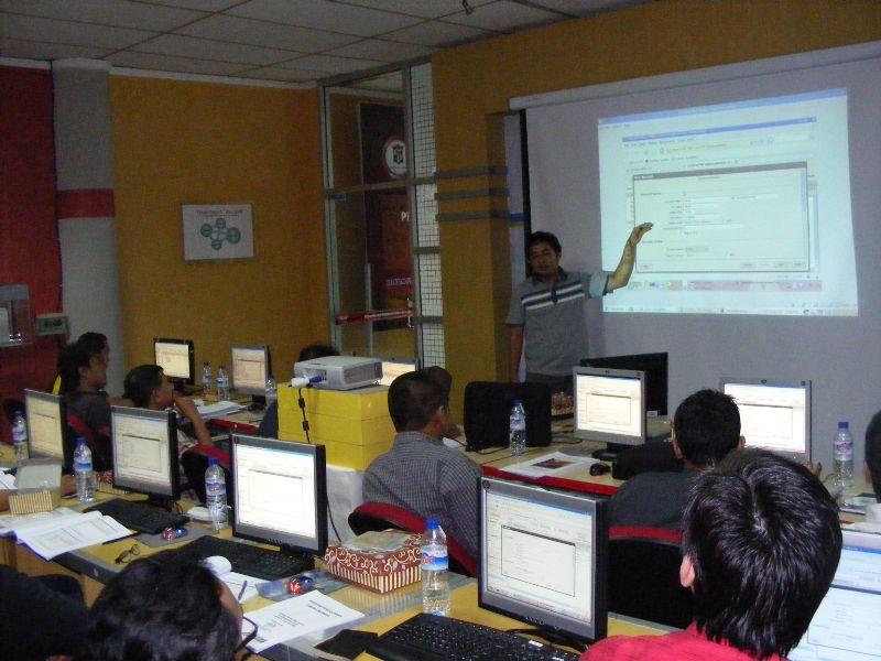 Suasana Training Zimbra di Surabaya