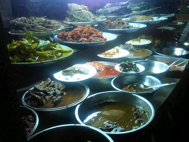 Kuliner Bekasi Nasi Uduk Pasar Proyek Bekasi Masim Vavai Sugianto